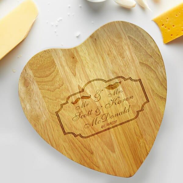 Personalised Chopping board - Newlyweds